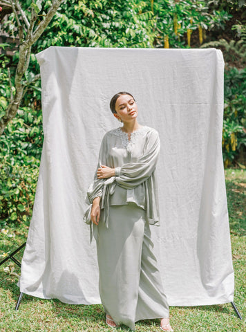 Luna Linen Shorts in Beige