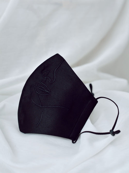 4-ply: Hanya Embroidered Face Mask with Ear Loop in Black