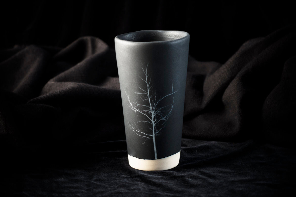 Uzturre design tumbler. Black ceramics handmade in Barcelona.