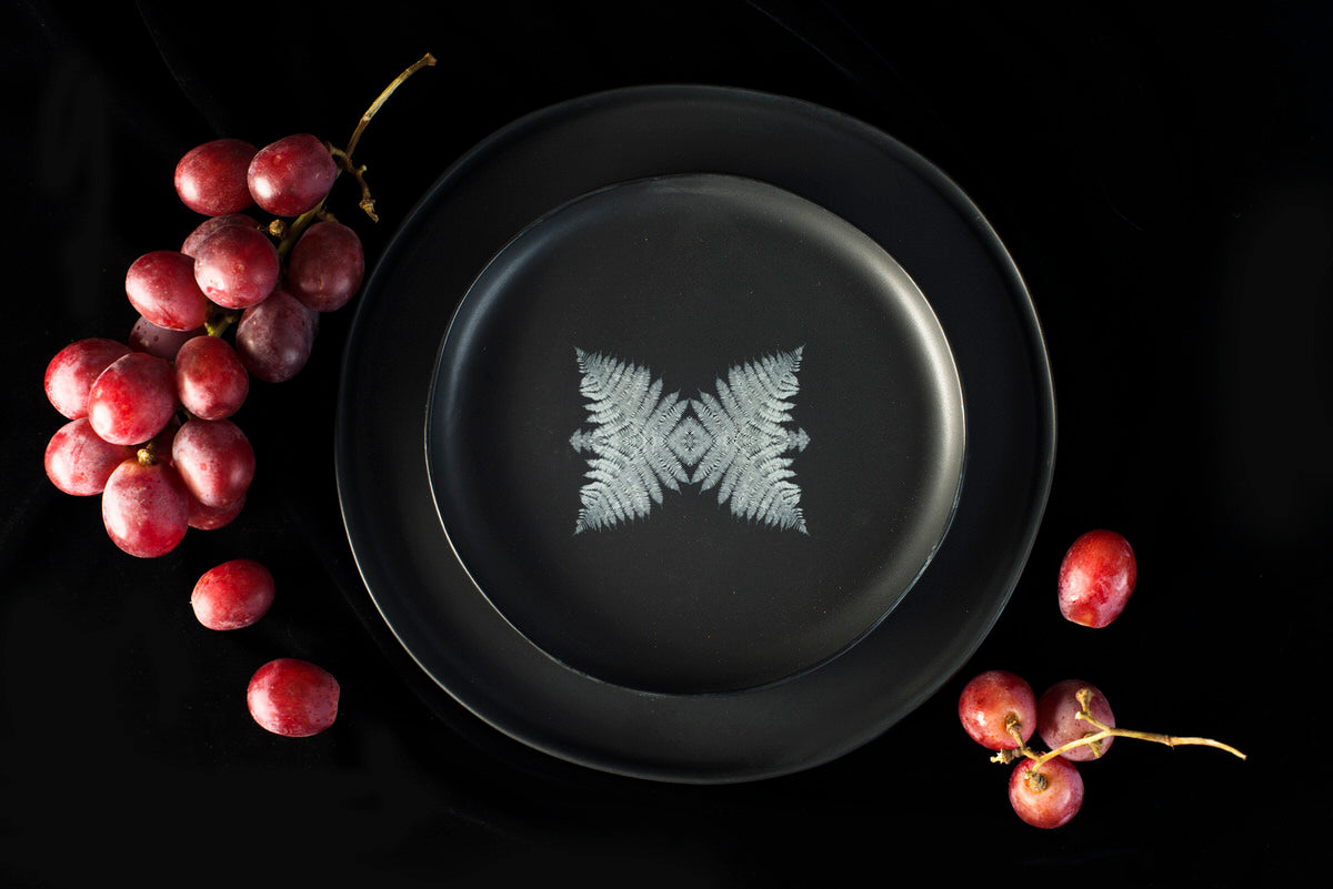 Wolf design medium plate - black handmade Adarbakar ceramics