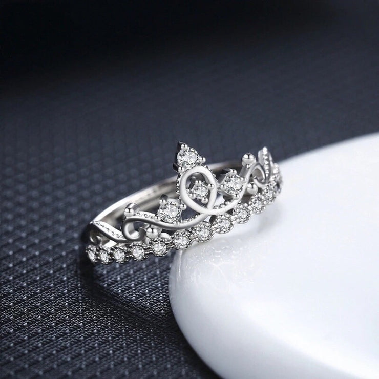 Queenly Crown Ring
