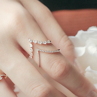 Shining Double Arrow Ring