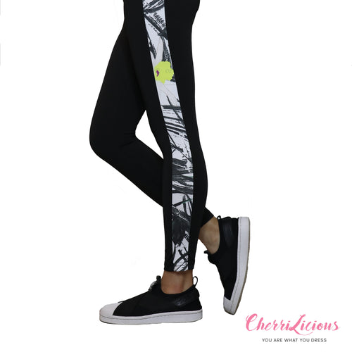 Sports / Yoga Pants </br> CHERRILICIOUS 黑白紋運動褲