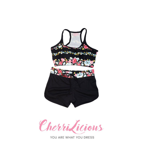 Water Sports Top & Pants Set </br> 黑色花卉水上運動背心短褲套裝 - You Are What You Dress