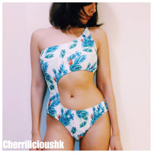 One Piece Swimwear </br> 淺色花花露側腰連體泳裝 - You Are What You Dress