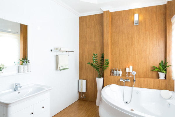 Smart Ways to Update a Tired Bathroom