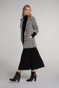 Oui Pleated Skirt