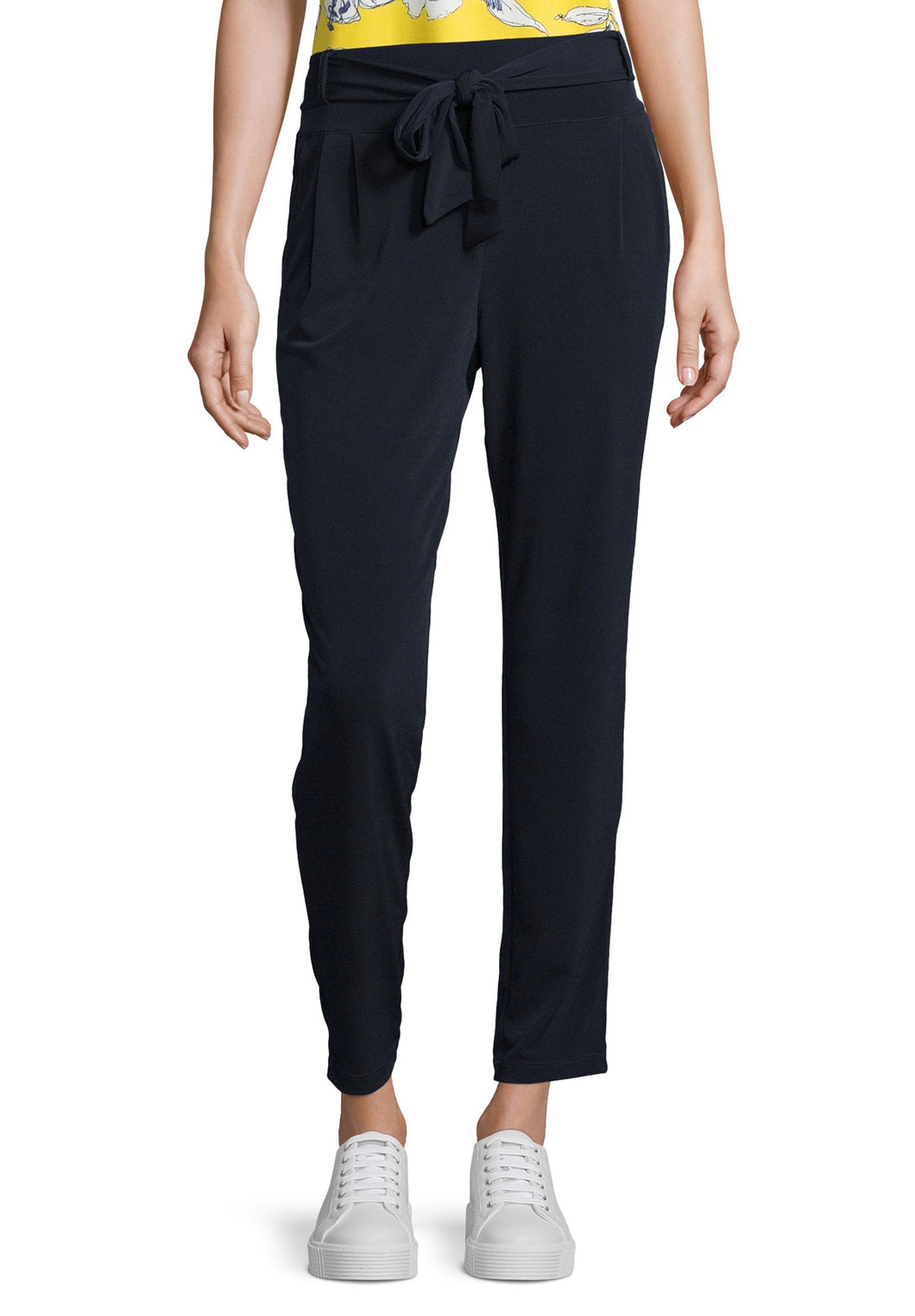 Betty Barclay Trousers - 6048/1198 - Navy
