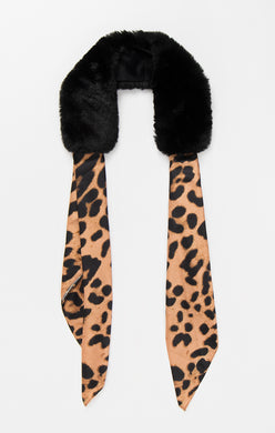Pia Rossini Faux Fur Leopard Collar