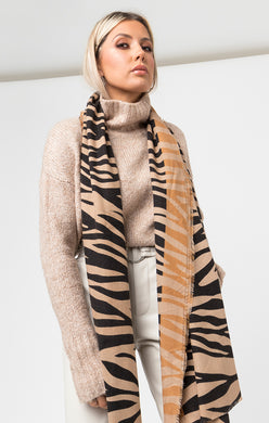 Pia Rossini Bold Animal Print Scarf