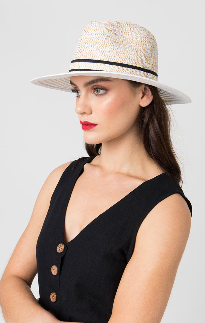 Pia Rossini Liv Hat White LIV01517