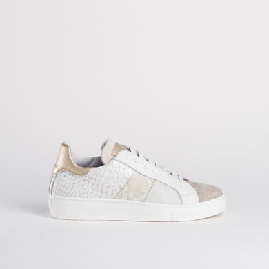 Reqins Trainers - Stan - Off White - SS20