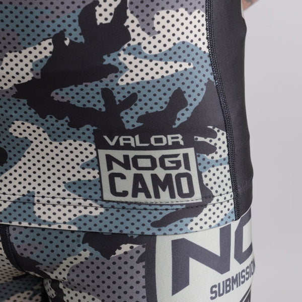 Valor Liquid Camo Rash Guard Jungle