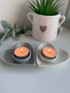 Ceramic Heart T-light holder ( 2 colours)