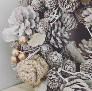 Grey Glitter and Jute Rose wreath