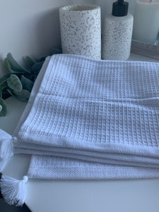 Waffle Hand Towels with Tassels (2 Colours)