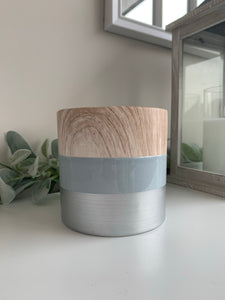 Wood effect plant pot
