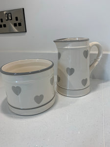 Ceramic Grey Hearts Plant Pot