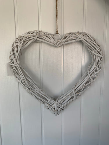 White Open Wicker Wall Heart (40cm)