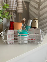 White wire baskets (4 shapes)