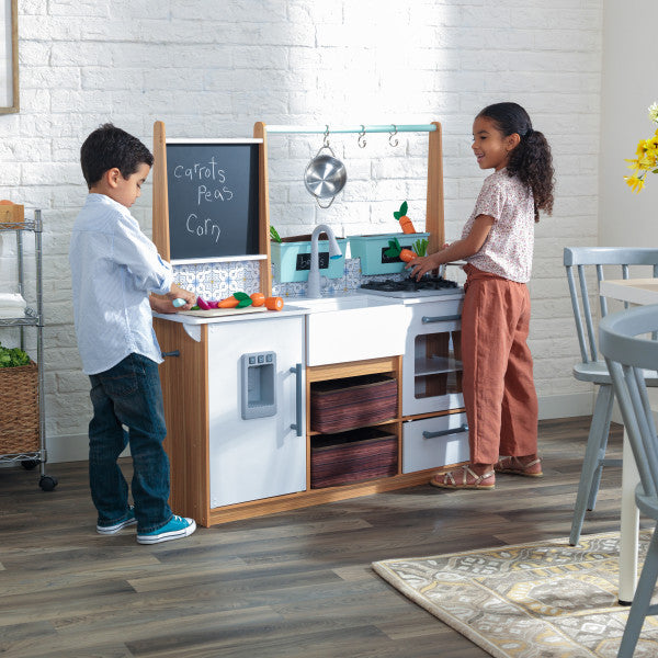 Farmhouse Play Kitchen with EZ Kraft Assembly™