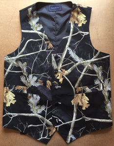 Black Realtree Camouflage Vest