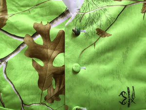 Green Realtree Camouflage Vest Buttons