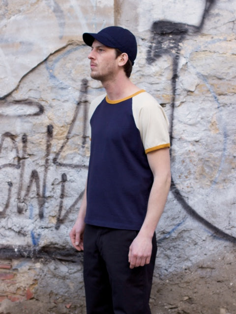 Indigofera Harvey T-shirt Navy/Gold /Vintage White