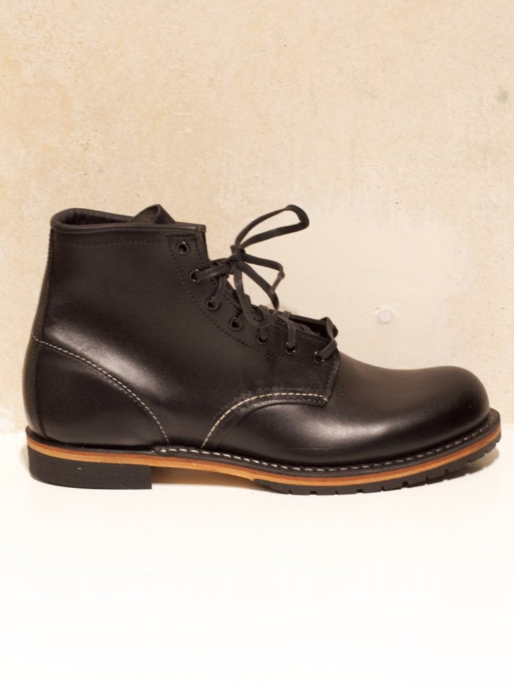 Red Wing Beckman Black Featherstone