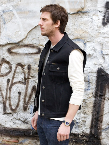 Indigofera Logan Vest Black Gunpowder