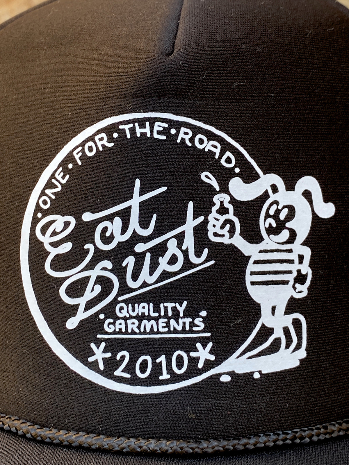 Eat Dust Trucker Bee Dust Black