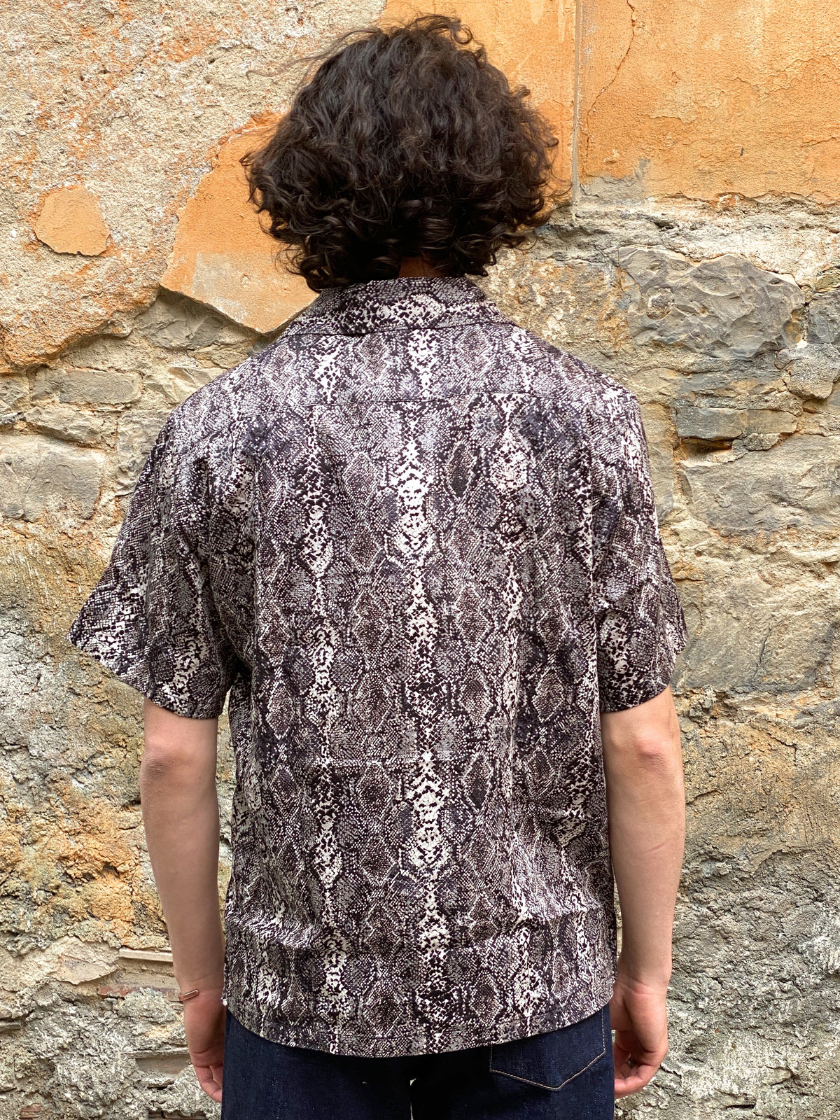 Black Sign Python Pattern Double Front Sports Shirt Salt Snake