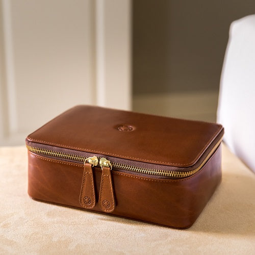 Washcase Brown Washcases | La Portegna UK | Handmade Leather Goods | Vegetable Tanned Leather
