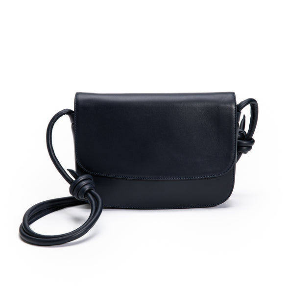 Lucia Navy | Shoulder Bags UK | La Portegna UK | Handmade Leather Goods | Vegetable Tanned Leather