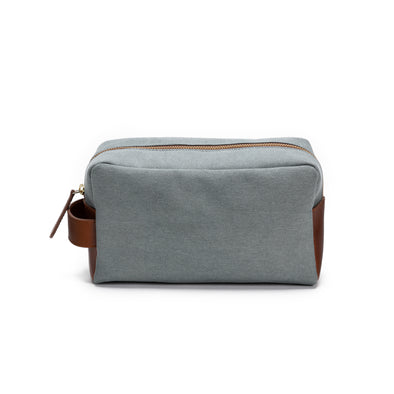 Dopp Kit Aqua Green | Washcases UK | La Portegna UK | Handmade Leather Goods | Vegetable Tanned Leather