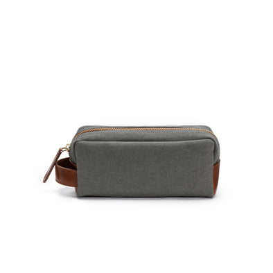 Mini Dopp Kit Olive | Washcases UK | La Portegna UK | Handmade Leather Goods | Vegetable Tanned Leather