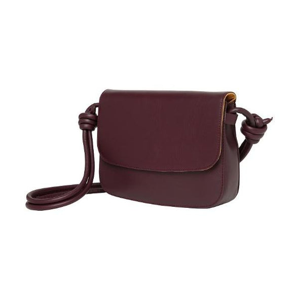 Lucia Burgundy | Shoulder Bags UK | La Portegna UK | Handmade Leather Goods | Vegetable Tanned Leather