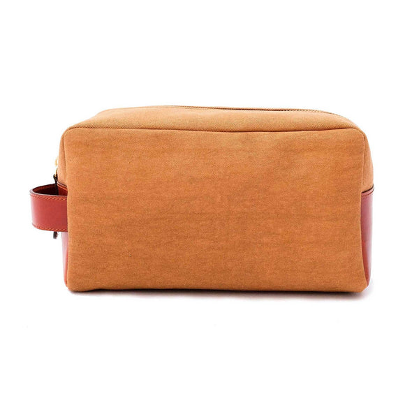 Dopp Kit Gold | Washcases UK | La Portegna UK | Handmade Leather Goods | Vegetable Tanned Leather