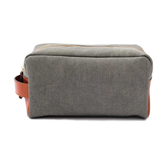 Dopp Kit Green Washcases | La Portegna UK | Handmade Leather Goods | Vegetable Tanned Leather
