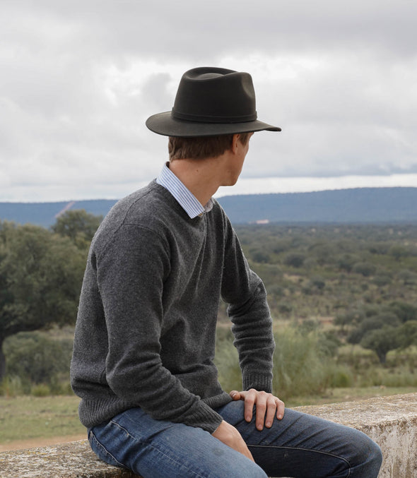 Mendoza Hat Green | UK | La Portegna UK | Handmade Leather Goods | Vegetable Tanned Leather