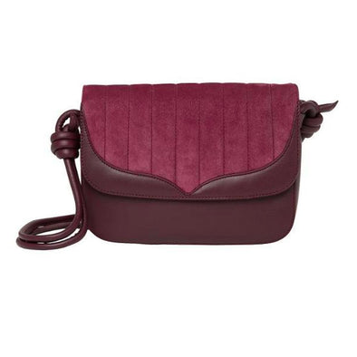 Lucia Papillon Burgundy | Shoulder Bags UK | La Portegna UK | Handmade Leather Goods | Vegetable Tanned Leather