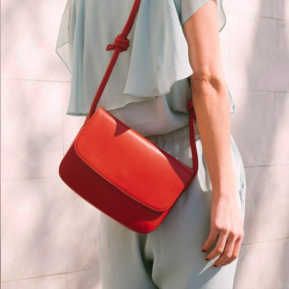 Lucia Red | Shoulder Bags UK | La Portegna UK | Handmade Leather Goods | Vegetable Tanned Leather