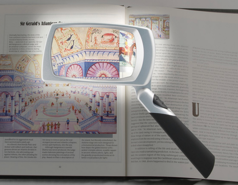 UltraOptix LED Lighted Folding Magnifier 3x
