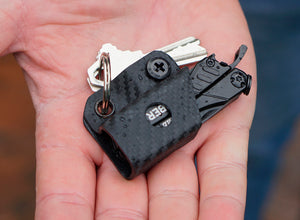 Clip & Carry Kydex Sheath: Gerber Dime/Leatherman Squirt - Black Carbon Fibre