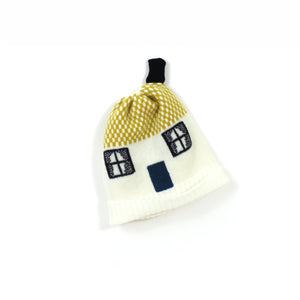 Cozy House Hat - soft knitted Lambswool hat