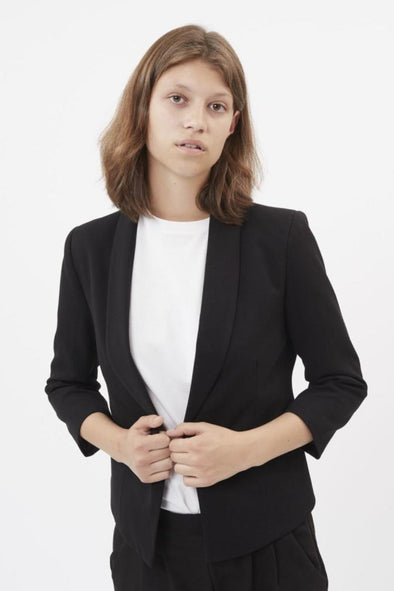 minimum - evaline - blazer - noir - rose - marine - court - bouton - chic