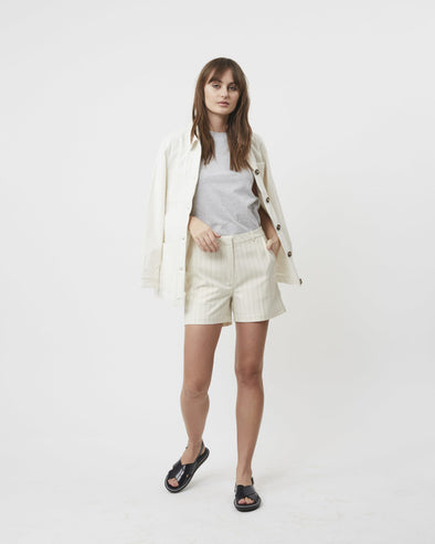 minimum- shorts- creme- ligné-