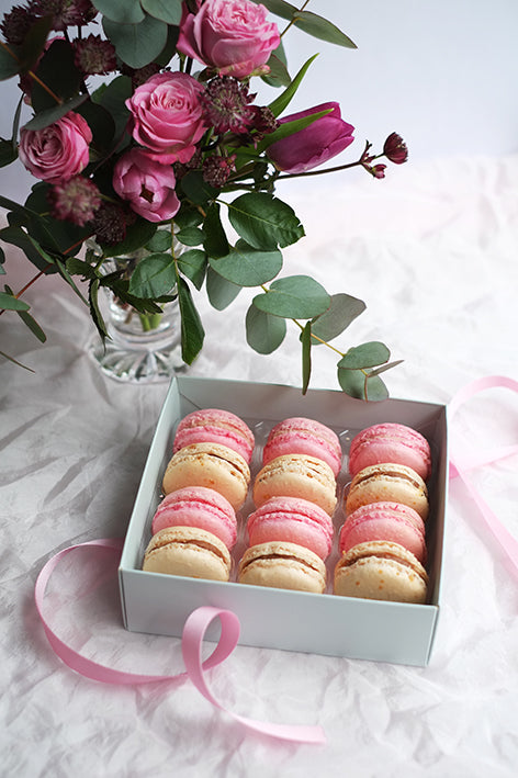 Valentine's Day – Gift box of macarons