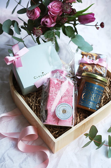 Valentine's Day – Heart hamper