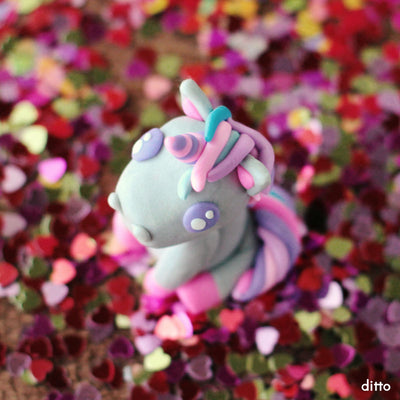 Sculpt a Sitting Unicorn Kit